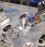 激光焊机器人工作站